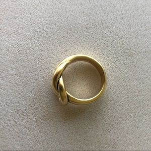 Premier Designs Jewelry - Premier designs love knot ring 6 matte gold nwot